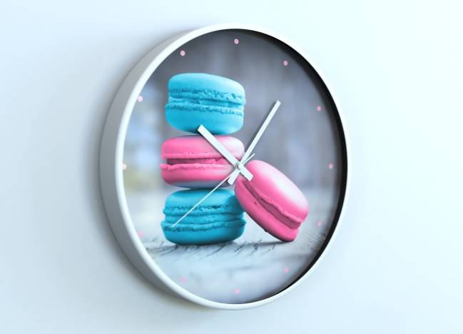 round clocks Macarons